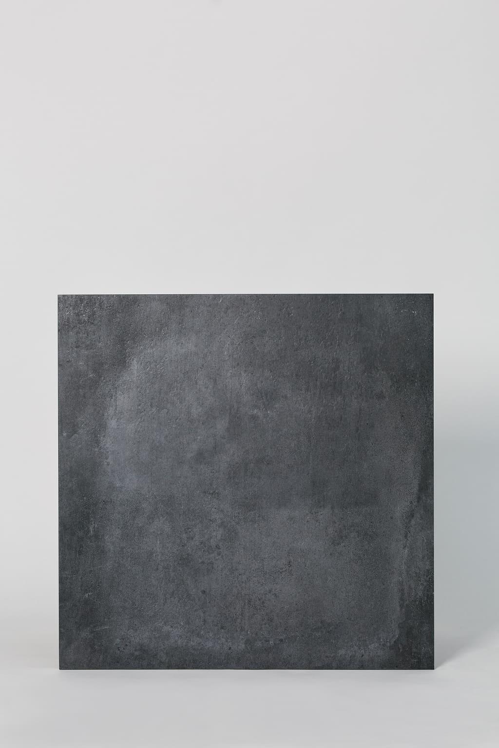 Płytka dekoracyjna włoska, gresowa, rektyfikowana, mrozoodporna, podłoga, ściana, matowa, rozmiar 60x60cm - CERCOM Gravity dark