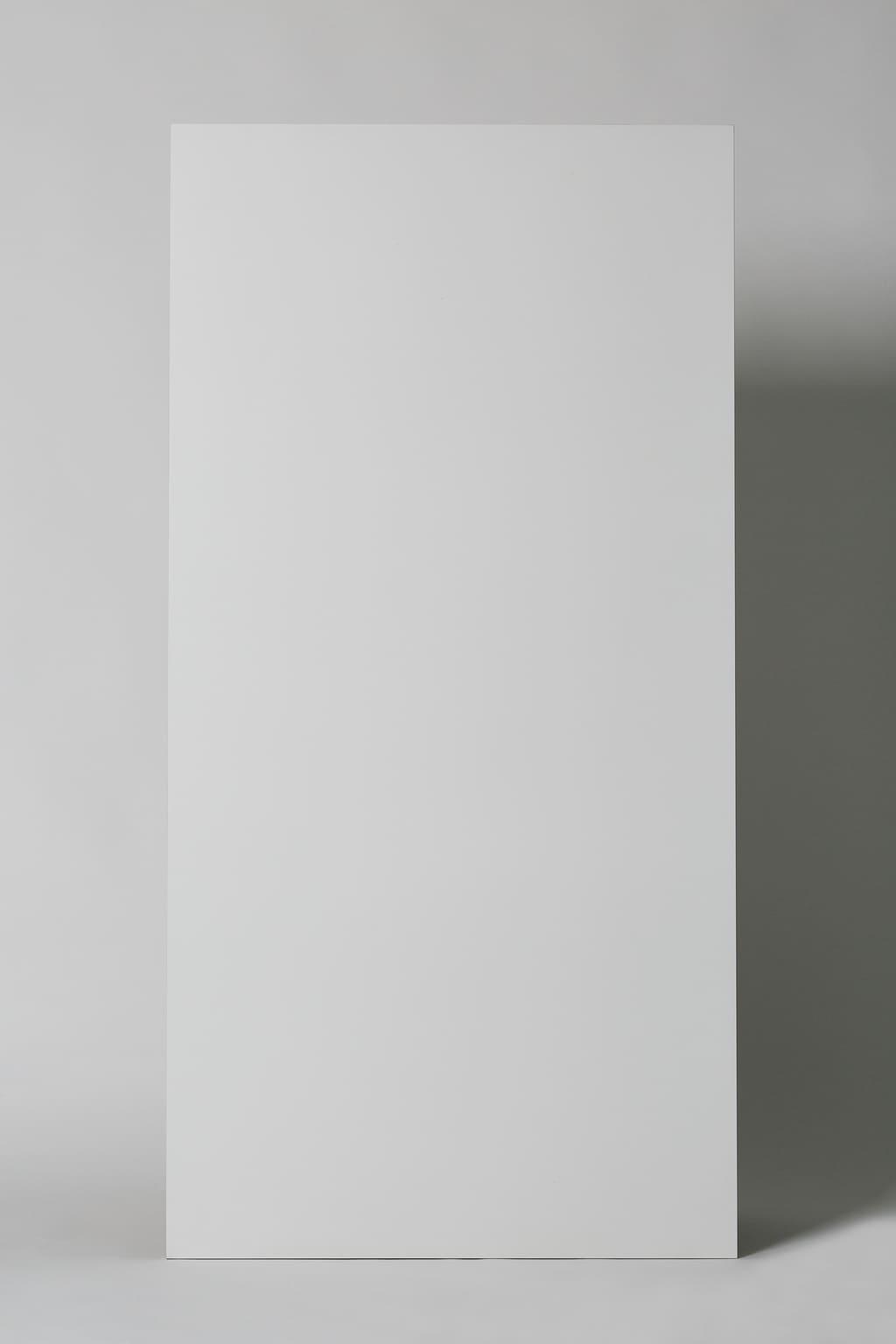 Płytka gresowa - salon, kuchnia, matowa, na podłogę lub ścianę, rektyfikowana, mrozoodporna, antypoślizgowa: C1, rozmiar 60x120cm, biała - Mykonos Technic white